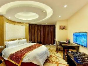 Masterland Hotel