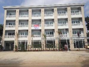 샘배스 호텔 앤 아파트먼트  (Sambath Hotel and Apartment)