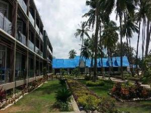 New Chaungtha Hotel