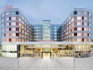 Movenpick Hotel Stuttgart Airport & Messe के बारे में (Movenpick Hotel Stuttgart Airport & Messe)
