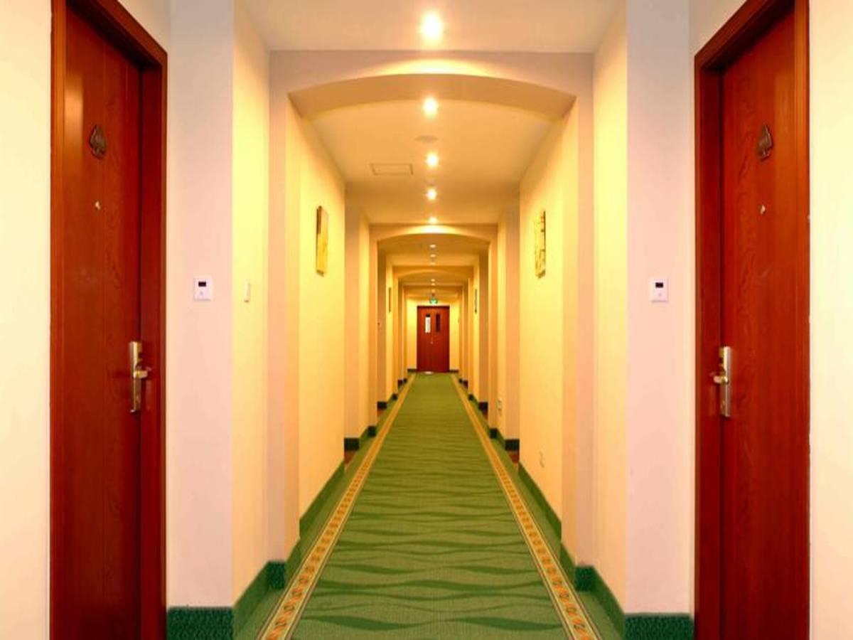 GreenTree Inn BeiJing XiZhiHe Dimension Stone Market Express Hotel 4