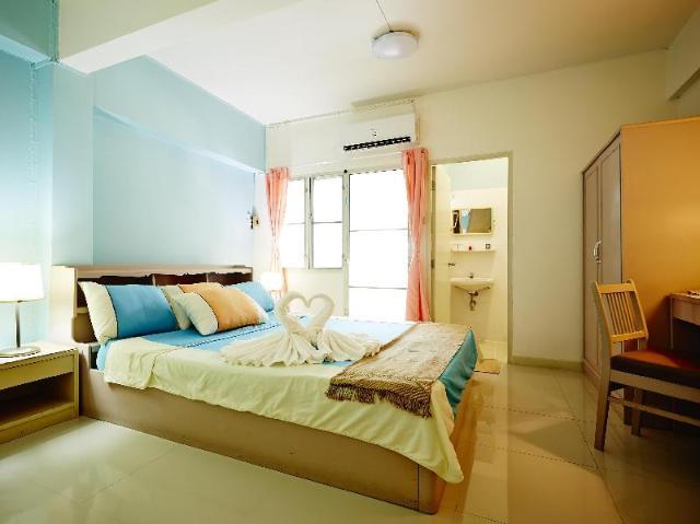 โรงแรมวี เทรน ดอนเมือง – We Train Hotel Don Muang
