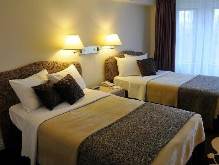 Airport Hotel Mara