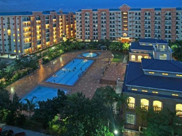 Deluxe Condominium Suites at Chateau Elysee - Vendome Manila