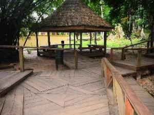 IKOGOSI WARM SPRINGS RESORT LTD