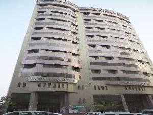 布斯坦钻石酒店 (Al Bostan Al Masi Hotel)