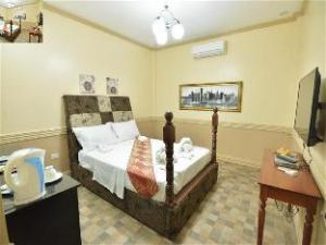 Inn and Suites at Roz and Angeliques