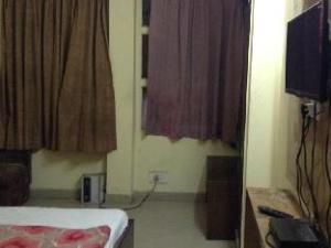 Hotel Sudarshan Palace Backpackers