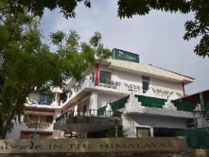 Hotel Moksha (Previously Raj Deep)