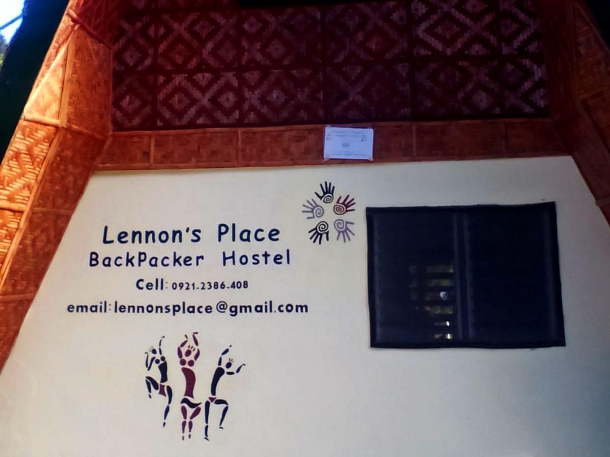 Lennons Place Backpacker Hostel
