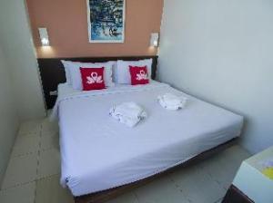 젠 룸 카오산 홀리데이  (ZEN Rooms KhaoSan Holiday)