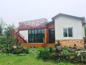 사려니 숲길 펜션  (Saryoni Forest Pension in Jeju)