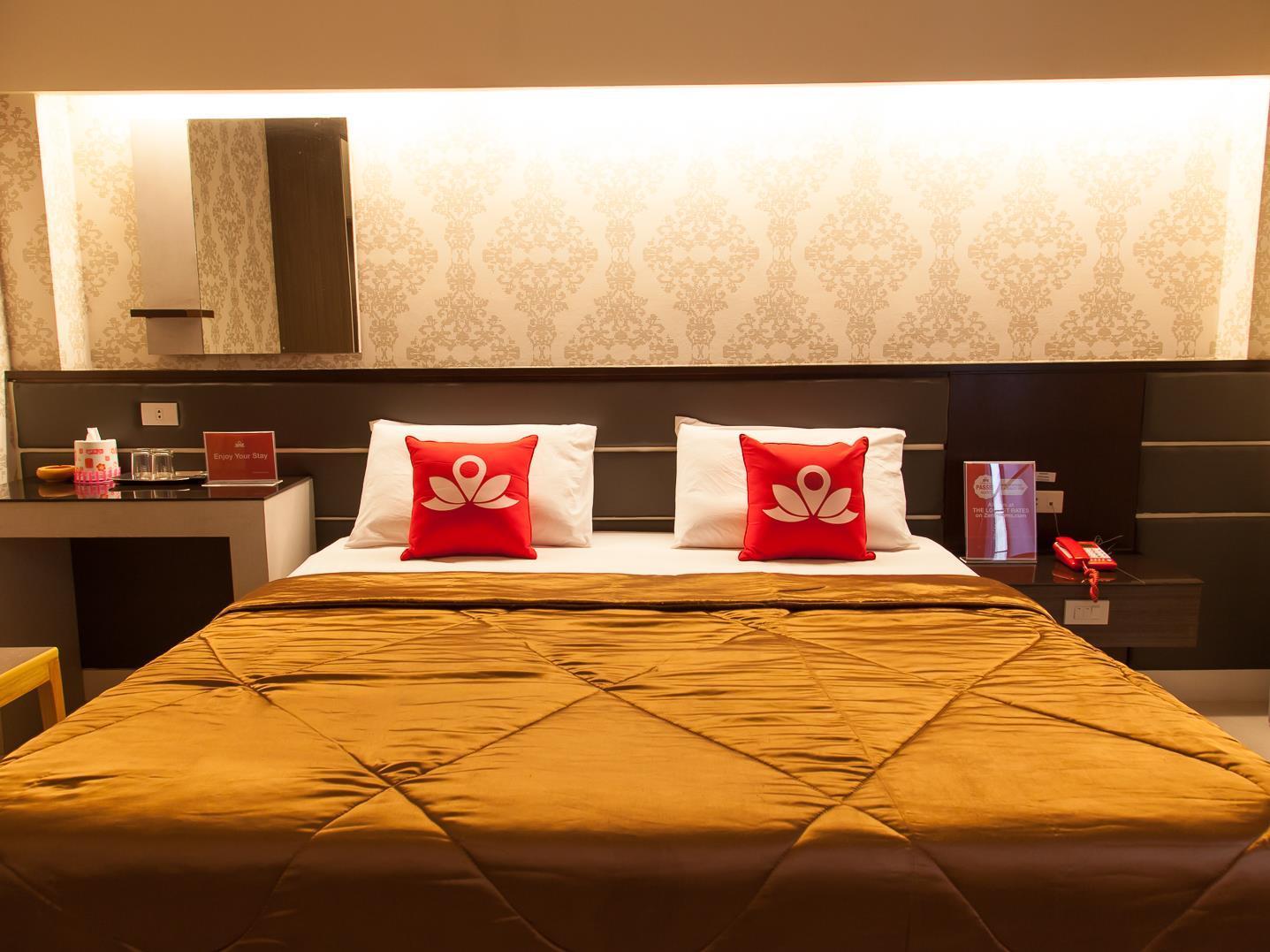 ZEN Rooms Phiphit Phokhai