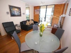 Homebush Bay Furnished Apartments 122 Bennelong Road
