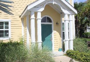 Runaway Beach Club Villa (18202)