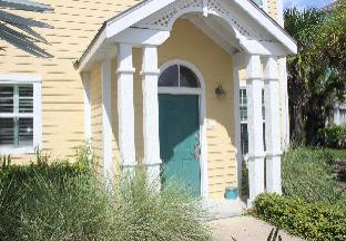 Runaway Beach Club Villa (3103)
