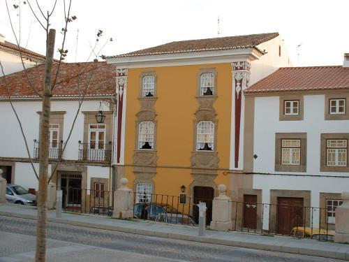 Casa Amarela TH And National Monument