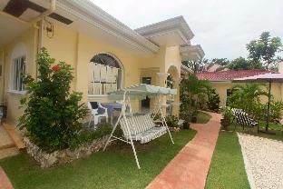 picture 4 of Casa Mannis Garden
