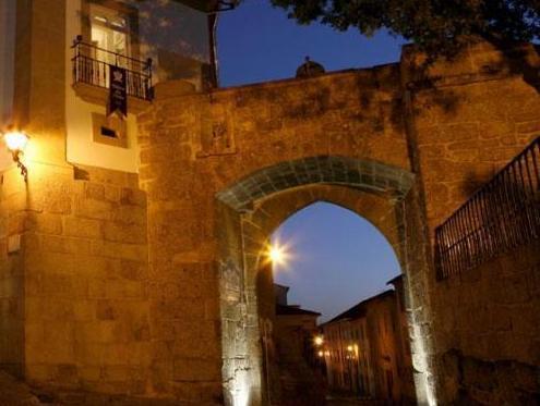 Montebelo Palacio dos Melos Viseu Historic Hotel