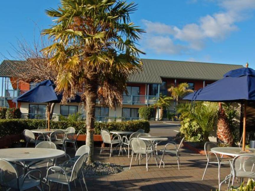 Lakeland Resort