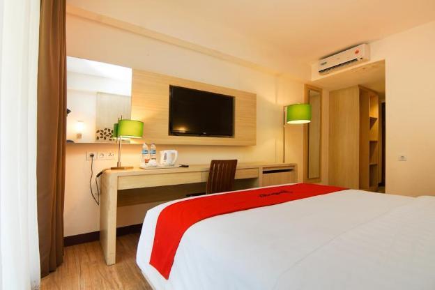 RedDoorz Premium @ Karang Tenget Tuban