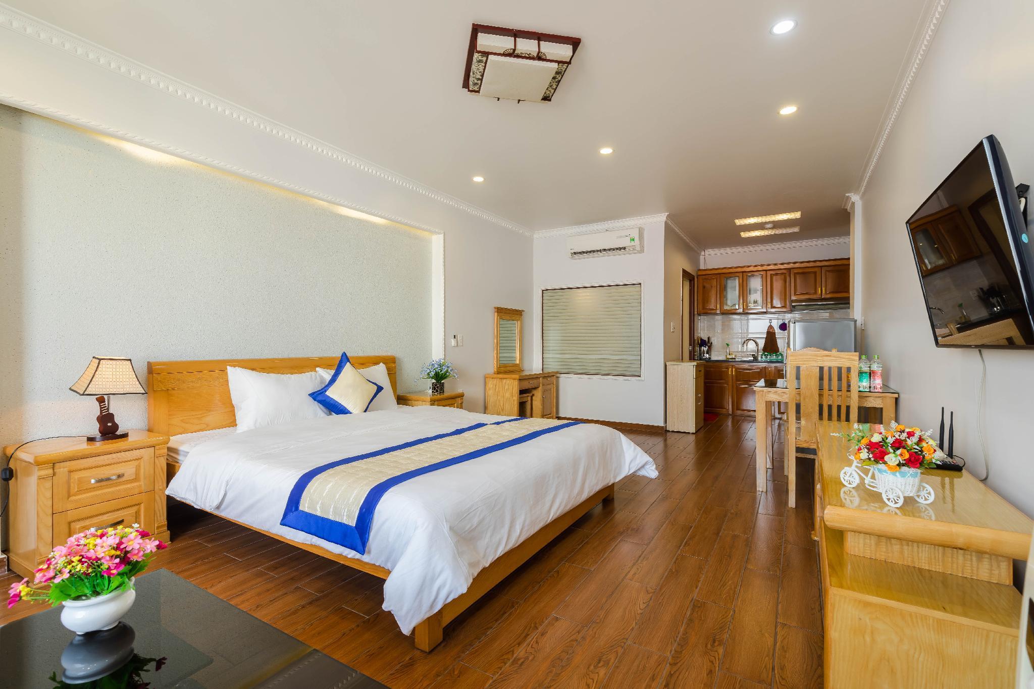 Pho Xanh Marina Hotel