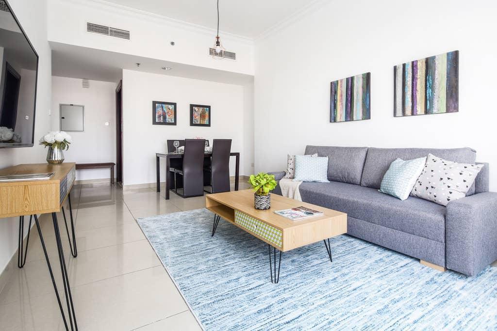Premier 1BR Apartment In JLT   Sleeps 4