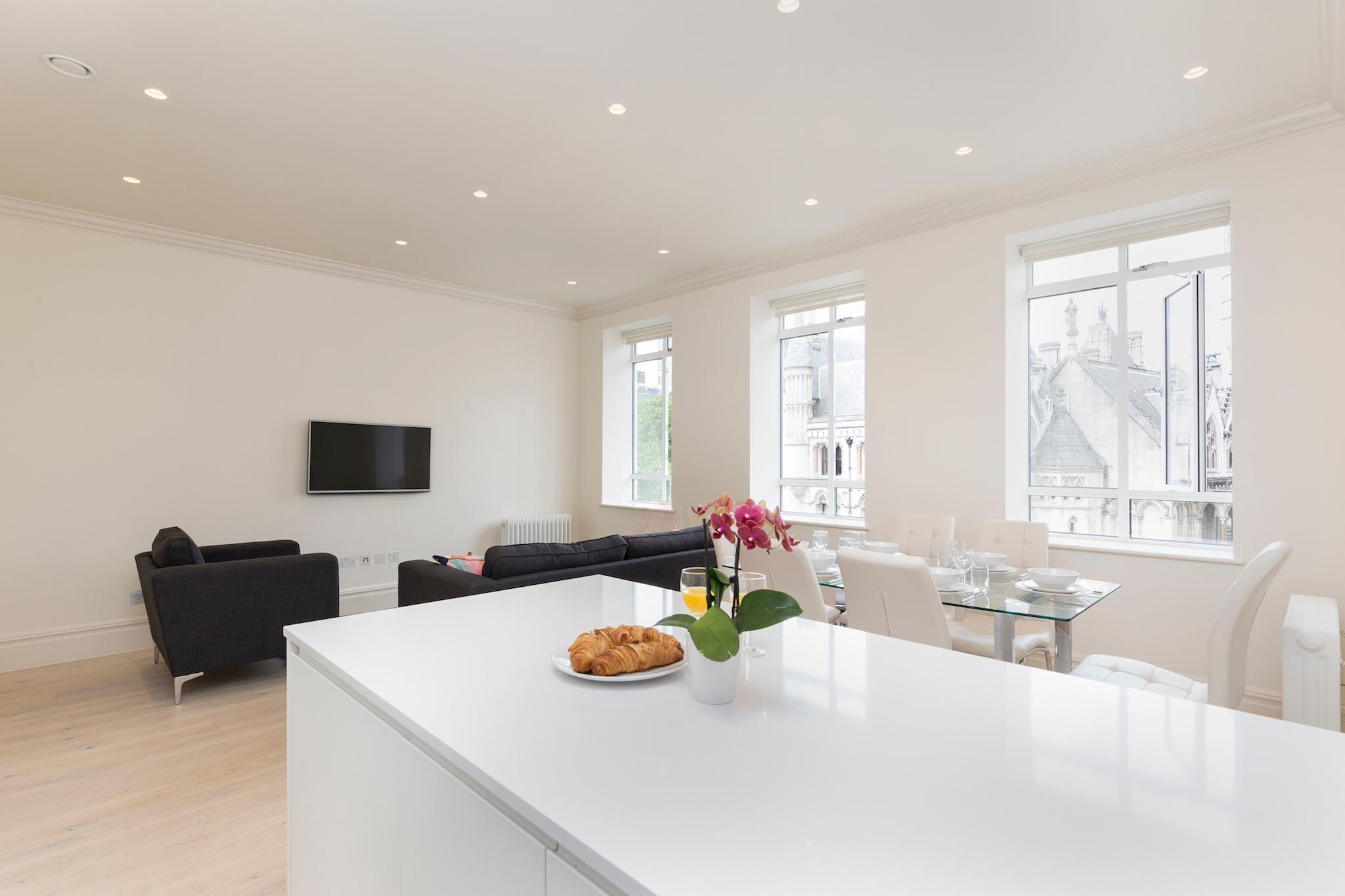 SUPER CENTRAL 3BR FLAT- AMAZING VIEWS OF LONDON