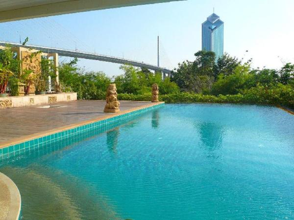 Nice 3BR Apt, River Front view, near Asiatique Bangkok