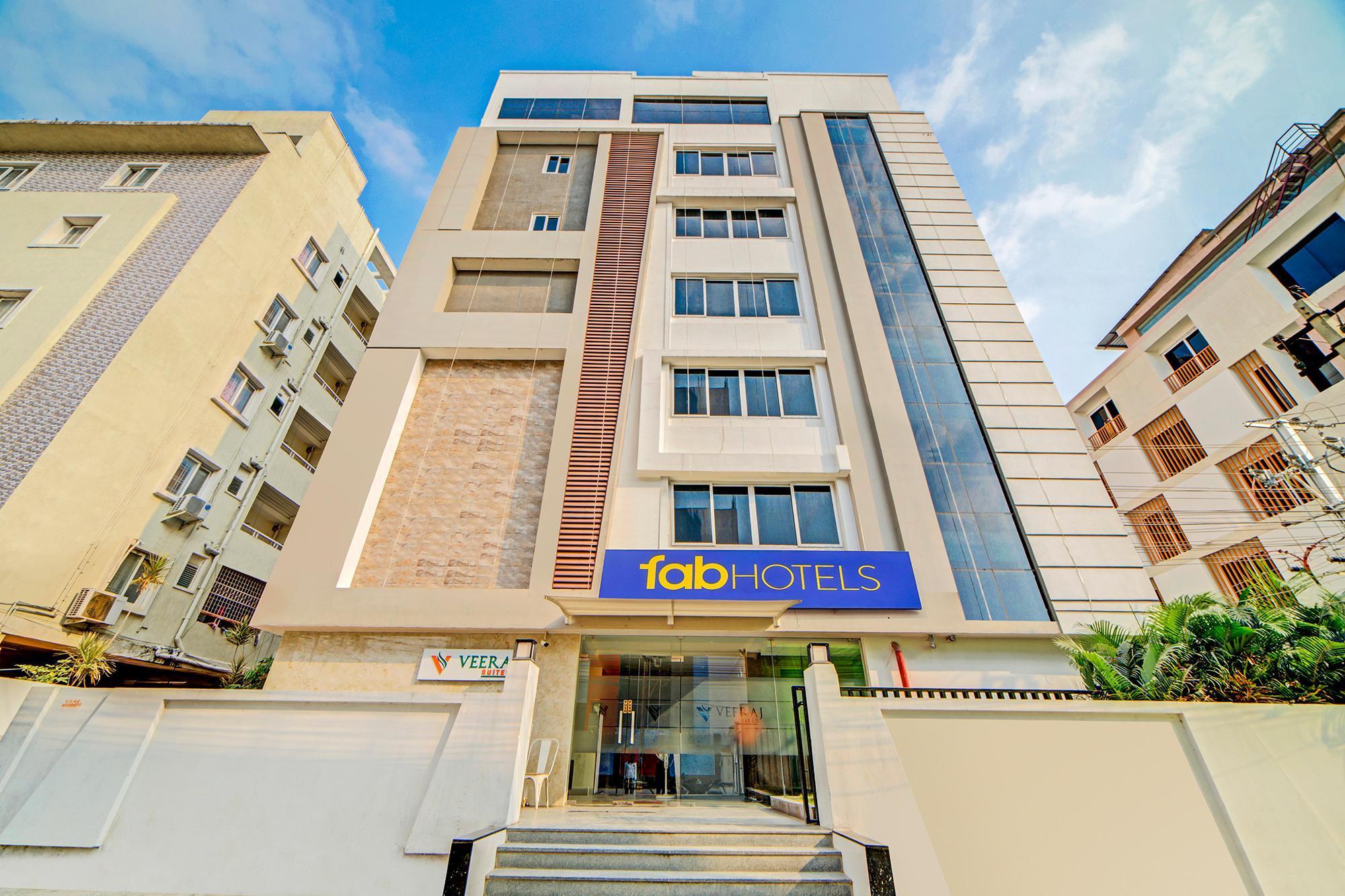 FabHotel Veeraj Suites
