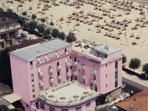Hotel Sacramora