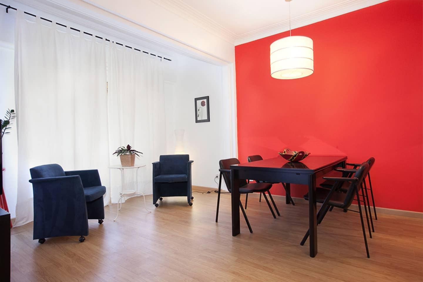 Nice And Equipped Eixample Apartment