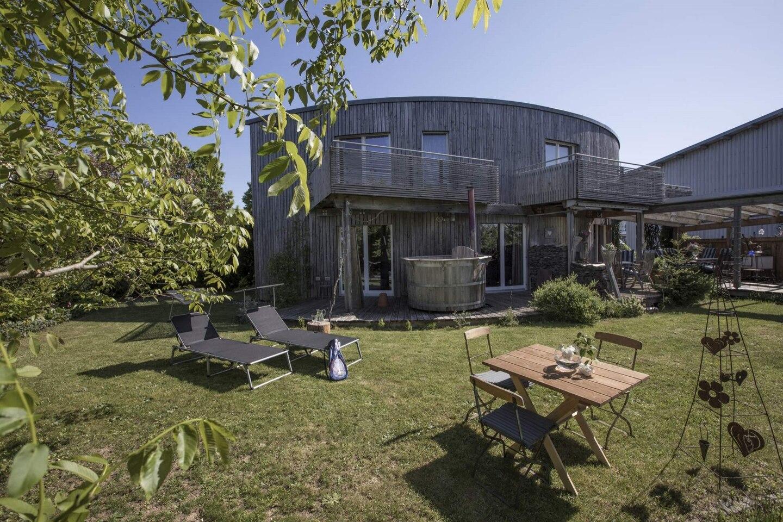Exclusive Light Filled Design Cottage