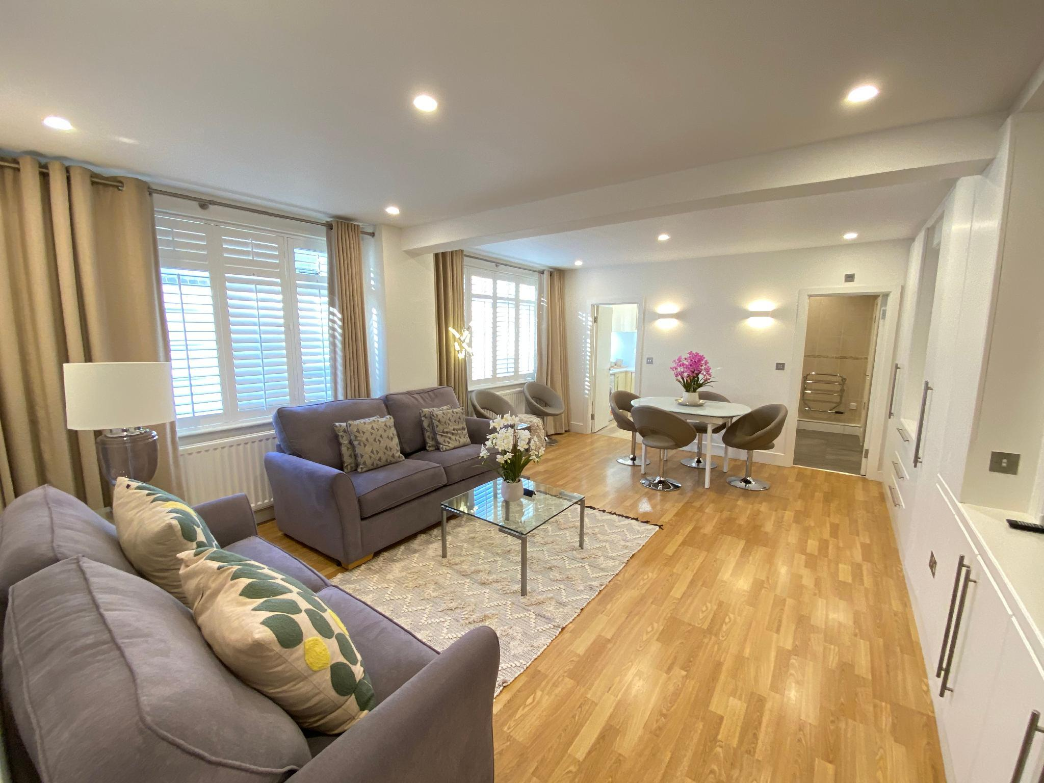 Spacious 2 bedrooms family apartment