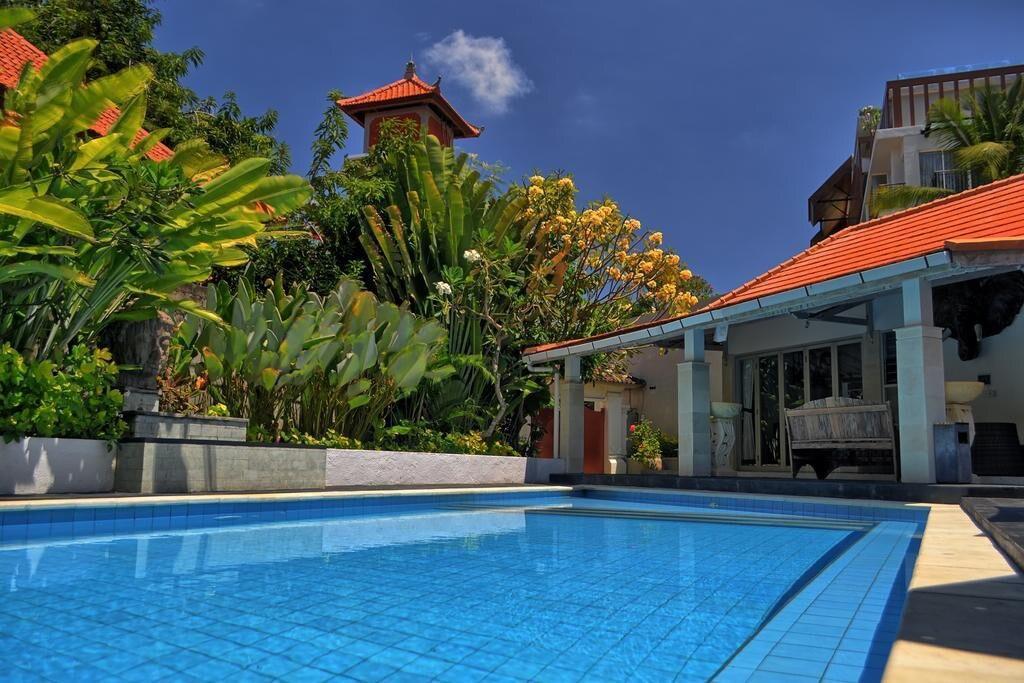 Great Value 4BR Pivate Pool Villa In Heart Legian