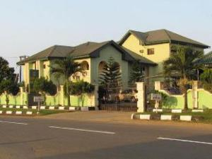 EEMJM HOTEL AND SUITES