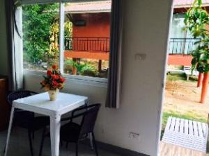 普吉岛班马育里酒店 (Ban Mayuree Phuket)