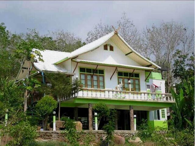 บ้านชมวิว – Bann Chom View