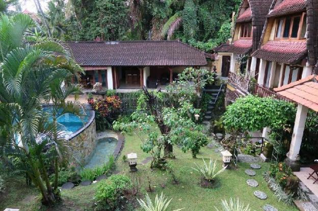2BR Villa Garden View + Main Pool + Breakfast