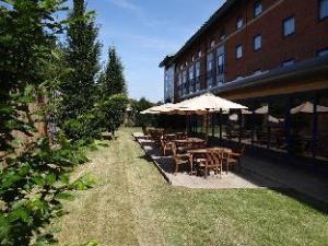 Premier Inn Banbury (M40, J11)