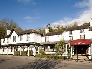 Фото отеля Mercure Box Hill Burford Bridge Hotel