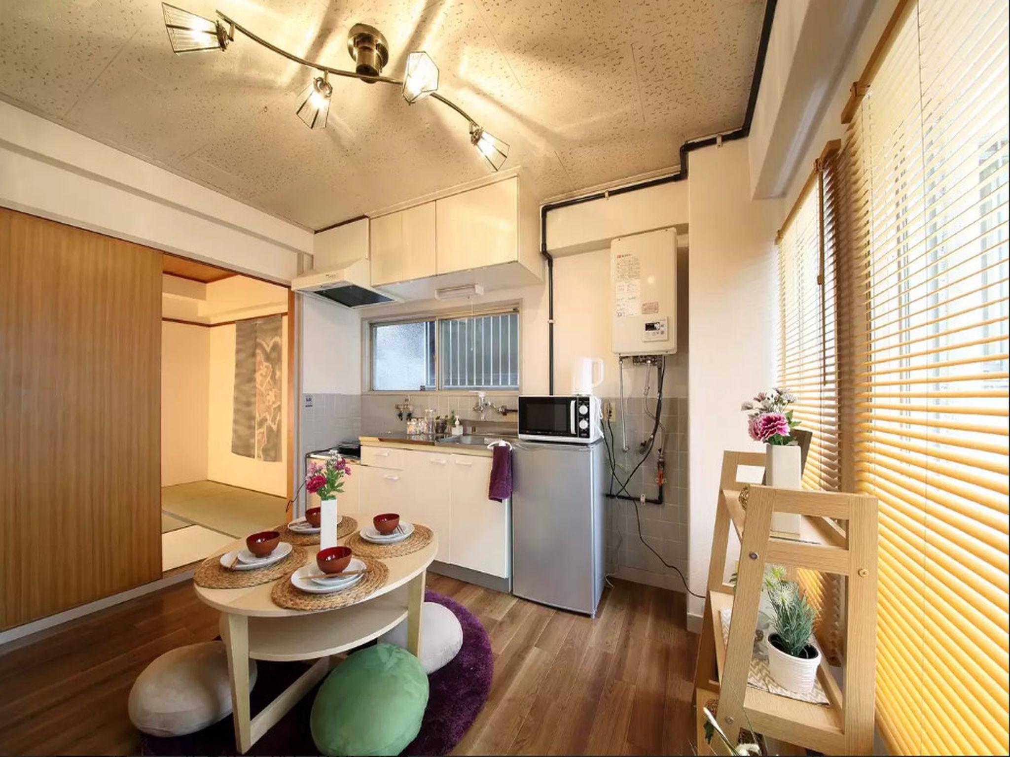 EX Minamisenba Apartment 201