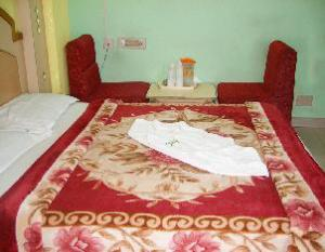 Hotel Ajantha Palace