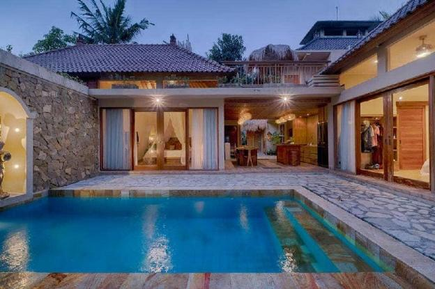 Luxury 4BR Villa with Private Pool