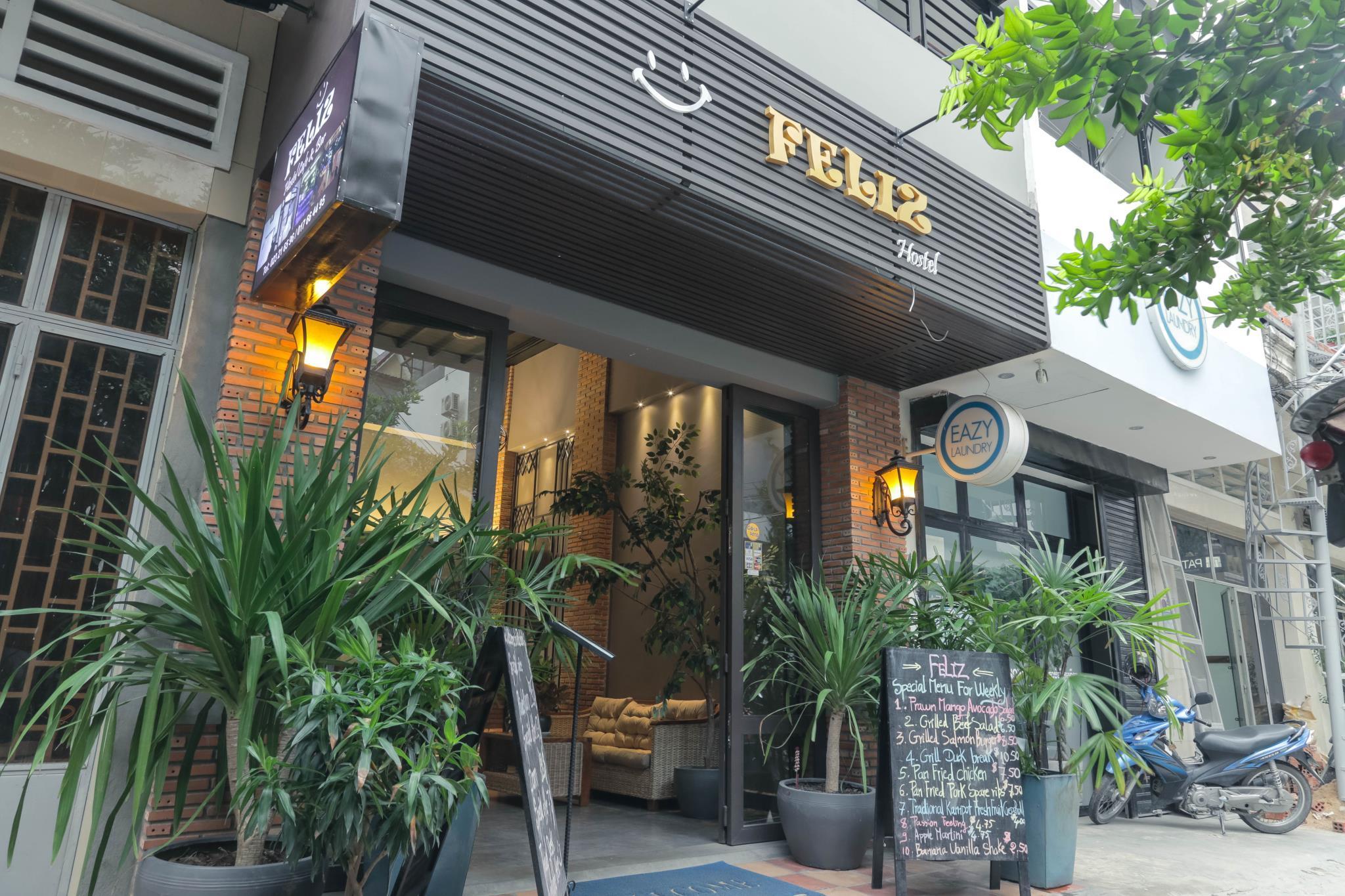 Feliz Hostel Cafe And Bar