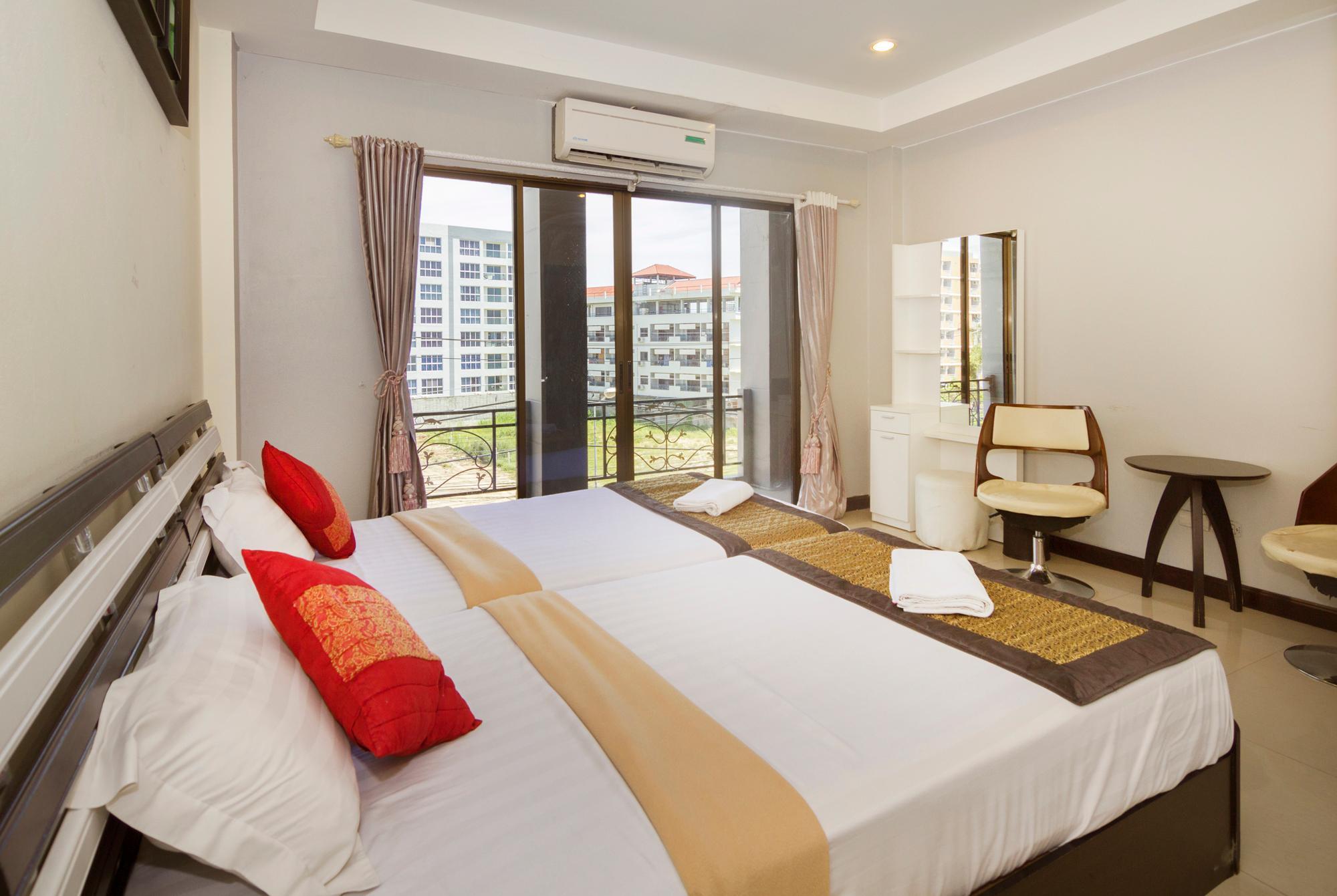 Royal QandD Suites Hotel