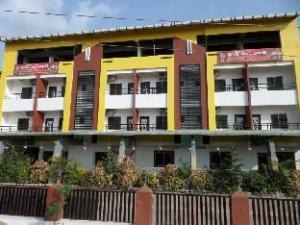 Hotel Shiv swapnapurti Lodging