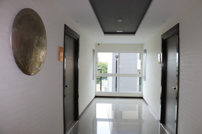 Me Residence & Me Condominium