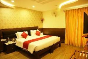 Hotel Sumi Palace