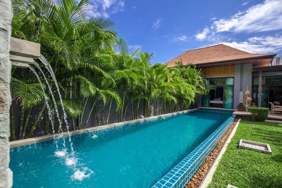 Lavish and Neat Family Villa with Pool Lavish and Neat Family Villa with Pool
